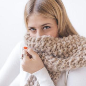 f0a24e20b381 Tutorial  How to make a scarf using the fantasy stitch