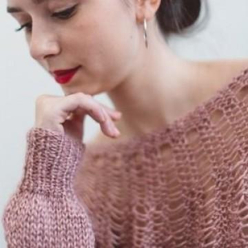 5fbb836eb302 Pattern to make an openwork yoke sweater