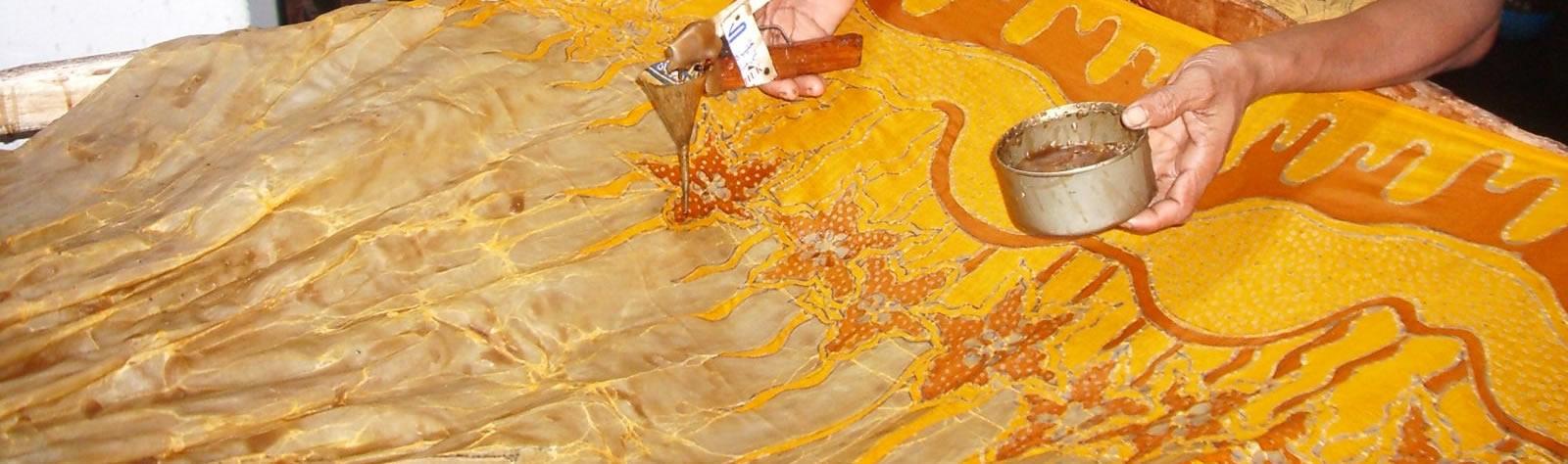 Batik: tecnica di lavorazione della seta pongee