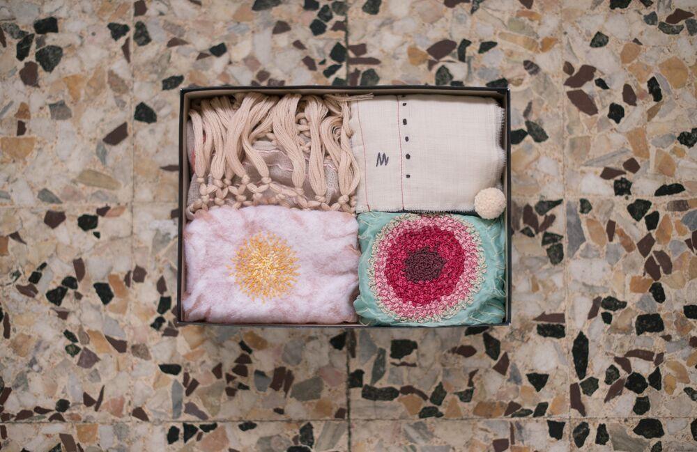 Шелковые и шерстяные ткани DHG