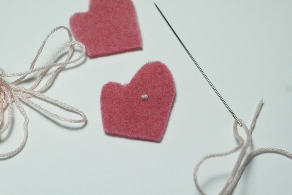 clothes tutorial - bear gloves