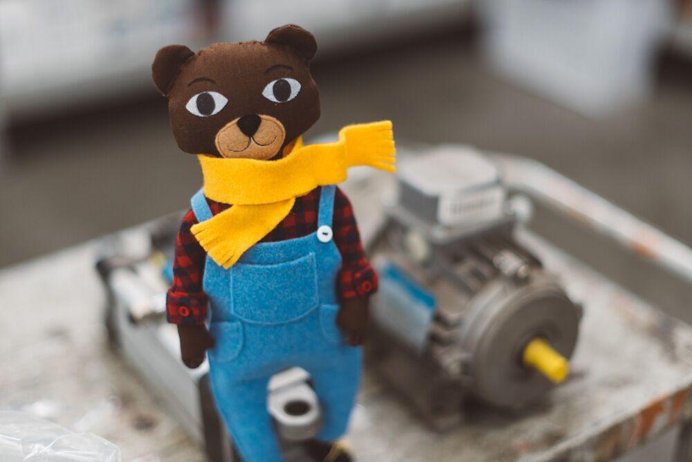 clothes tutorial - José the bear