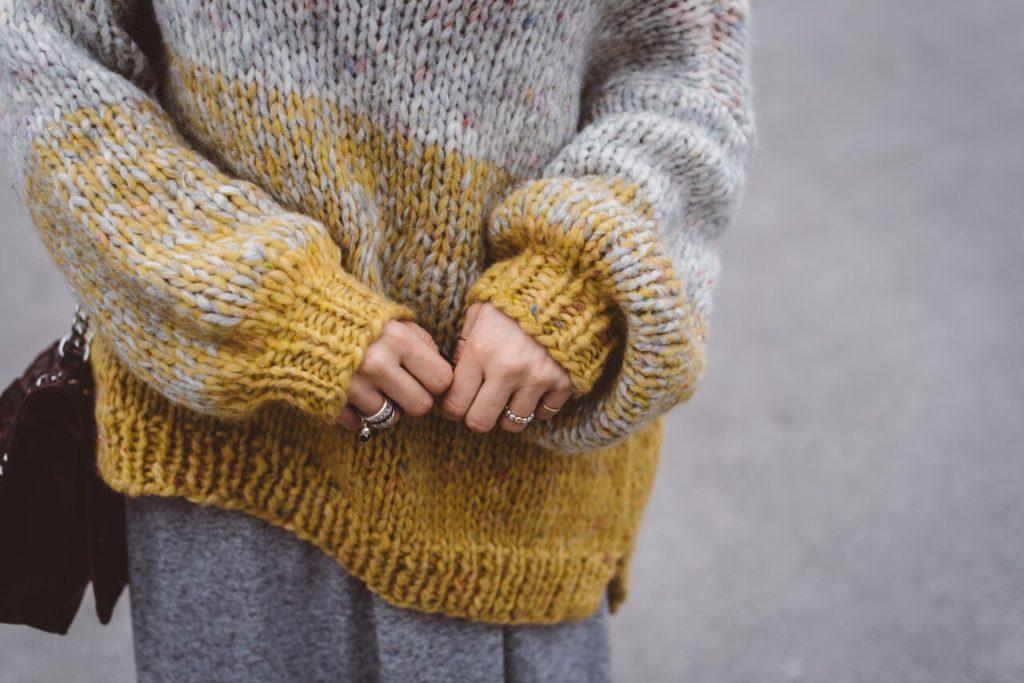 sweater day - maglione fatto a mano