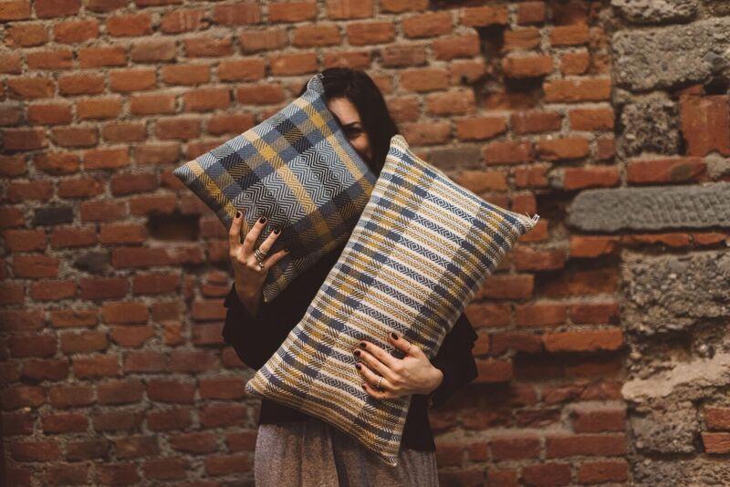 Marianna Nello - cuscini tessuti a mano