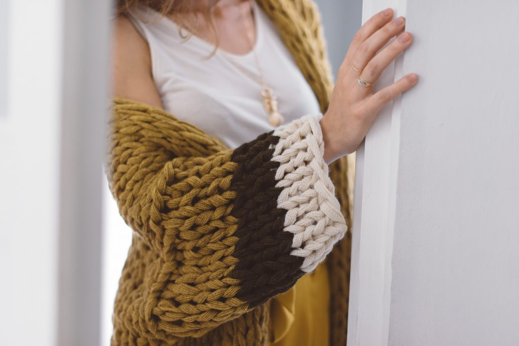 How to make the sleeves of a chunky knit cardigan