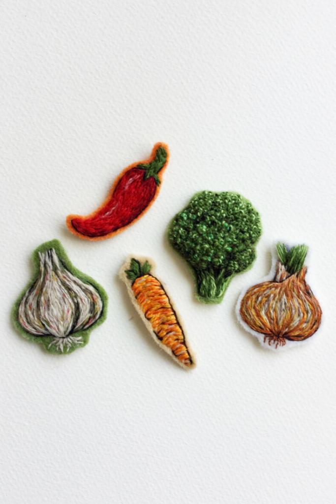 вышитые овощи