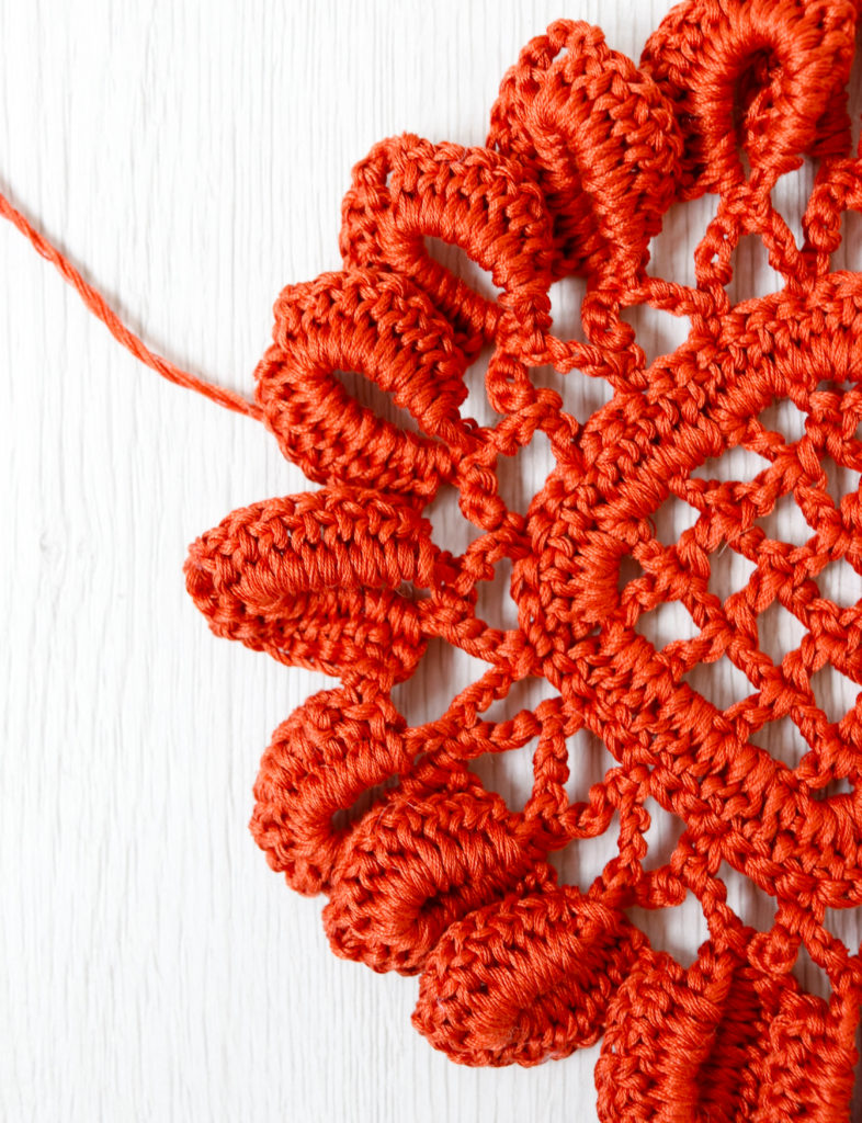 pattern per calendula all'uncinetto con filato in cotone